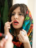 伊朗女性面纱后的双重生活