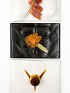 日本让人脸红的人体餐具