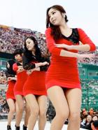 韩国职棒拉拉队的长腿美女