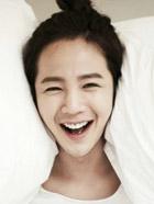 网友排名心中最美韩国男艺人 李准基第一