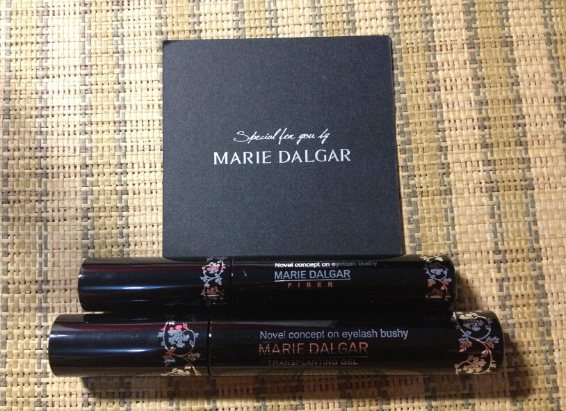 【嘉七】与玛丽黛佳有个约会,红唇契约限量版礼盒