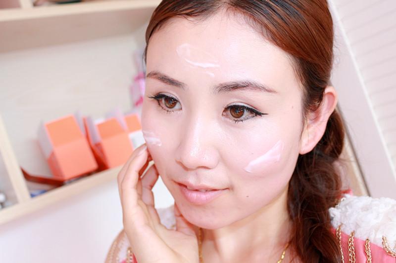 【含含】清新中的电眼妆