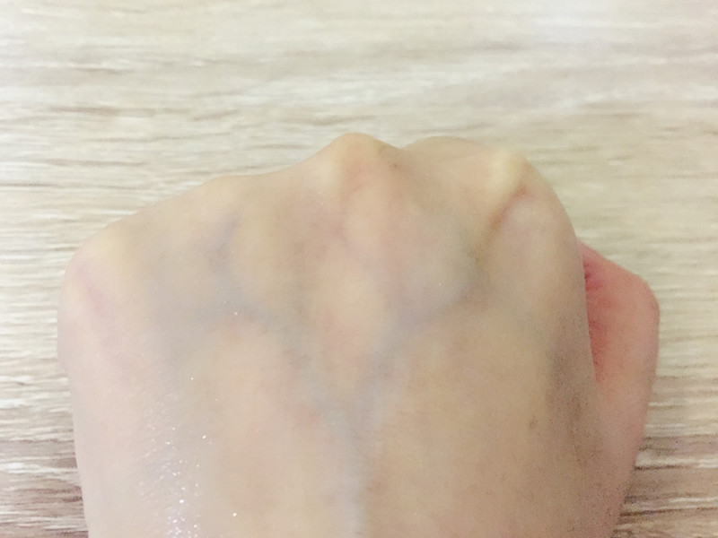 【素】就在弹指间,点亮肌肤水光白