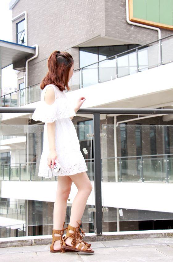 【Lisa爱梦游】减龄穿搭之白T恤 让你重回少女时代