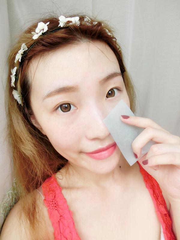 【佳佳】做好肌肤的深度美白保养,打造夏日红粉佳人妆
