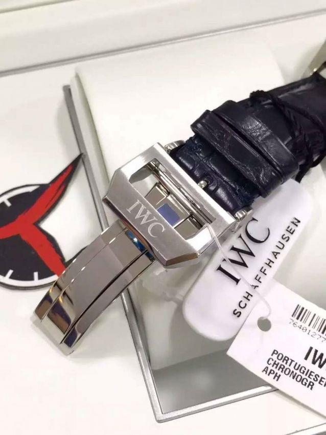 香港购回万国IWC表、VCA项链、潘多拉手链