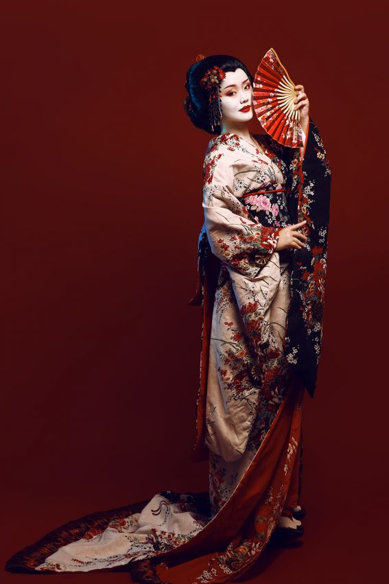 【__邹邹__】用一只艺伎口红惊艳群芳 —— 艺伎妆容