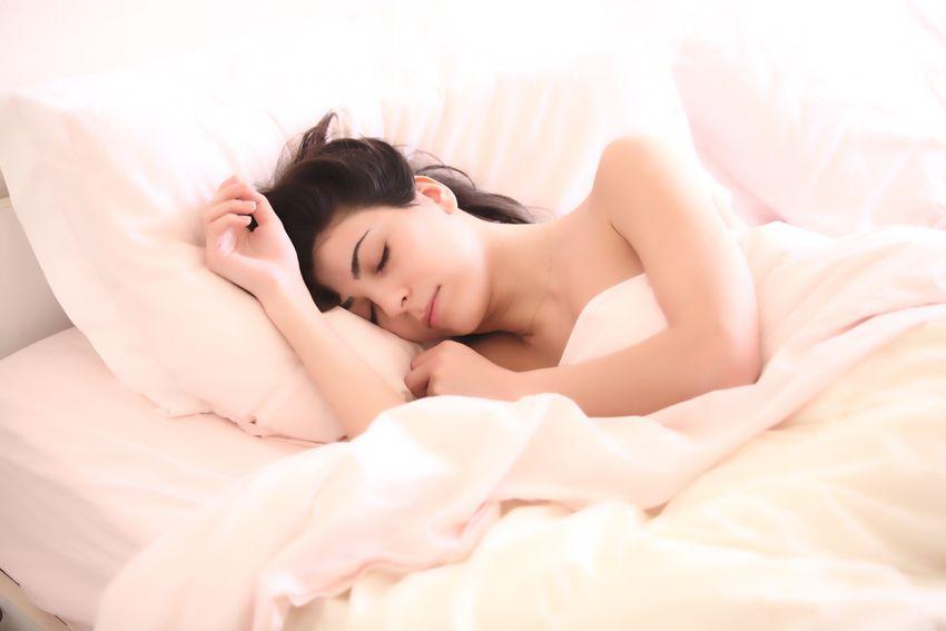 你的美容觉真的睡对了吗?回帖赢取香奈儿产品小样