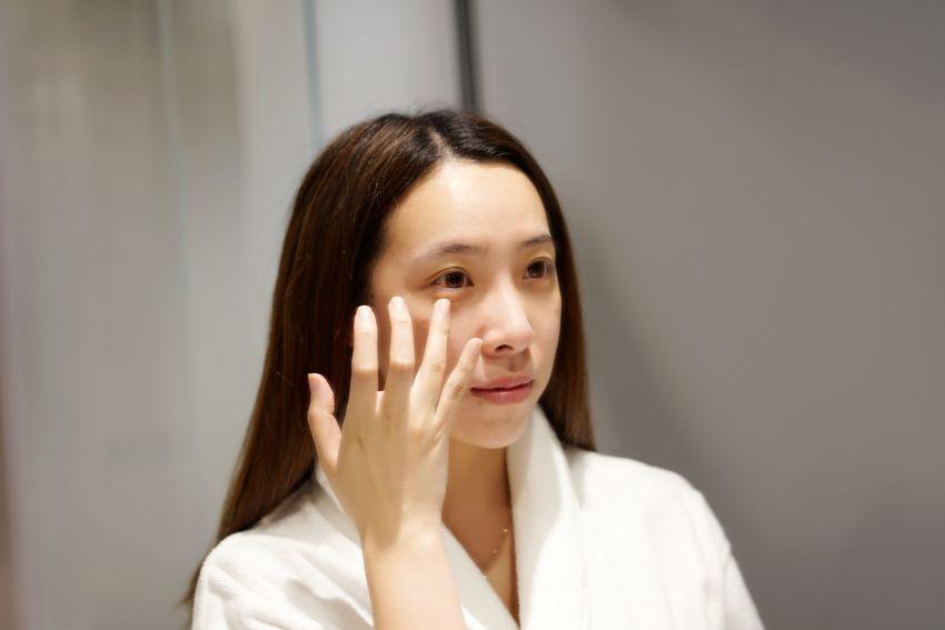 【赵秋晨】告别眼周问题,丸美多肽眼精华让你大放亮眼光采!