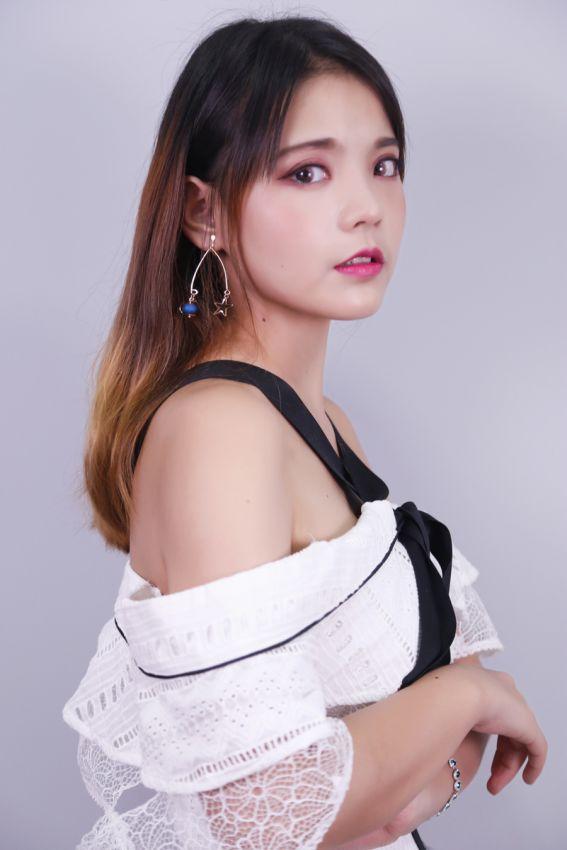 【JJyan】冬天气质干玫瑰妆